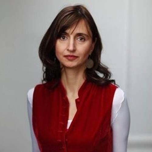 Roya Hakakian